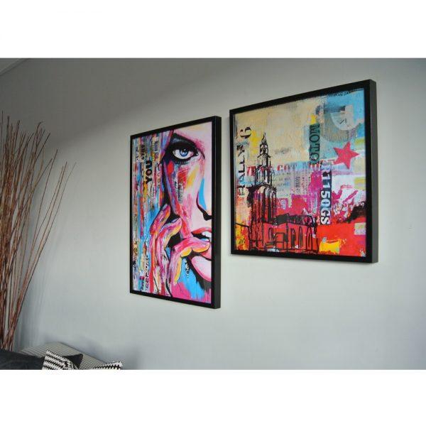 woonkamer kunstposters martinitoren en YOU in lijst janet edens schilderijen